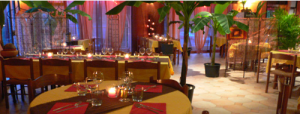 L'intérieur du restaurant Un Monde à Croquer à Belgentier