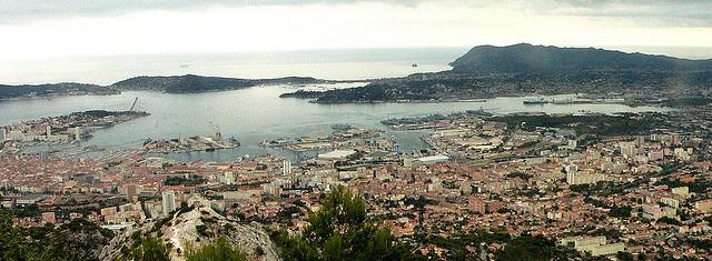 Vue sur Toulon depuis le Mont Faron